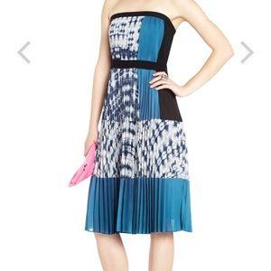 BcBgMaxAzria pleated dress